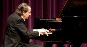 Conheça o incrível Pianista Arthur Moreira Lima