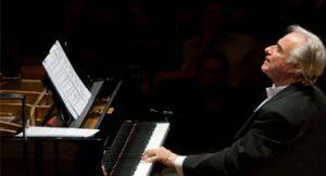 João Carlos Martins Toca Piano em Projeto