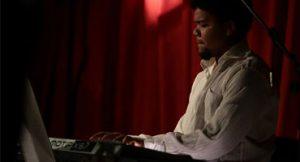 Pianista Amaro Freitas lança álbum Sangue Negro