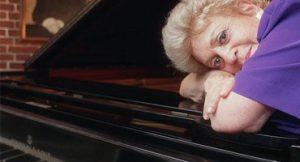 Pianista Yara Bernette