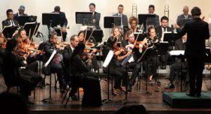 Pianista apresenta incrível solo de Mozart no Cine Brasília