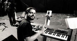 Pianista mineiro participa de gravação de CD de Claudya