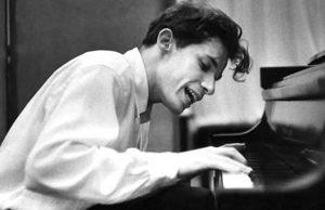 35 anos sem o pianista Glenn Gould